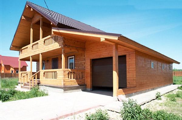 гараж в деревянном доме