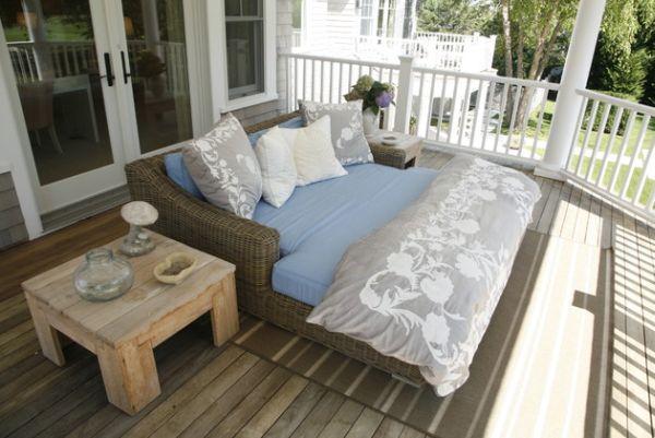 Диванчик и кресла с мягкими, съемными подушками