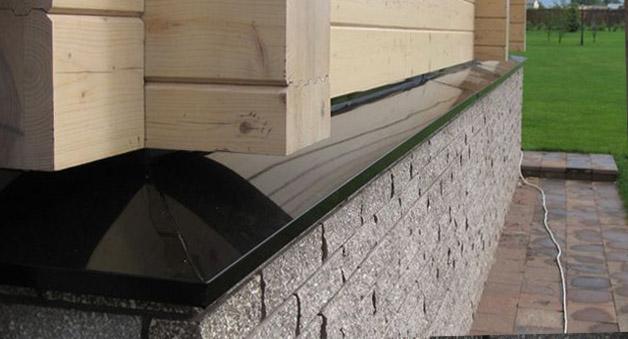 Отливы из пластика для цоколя в деревянный дом