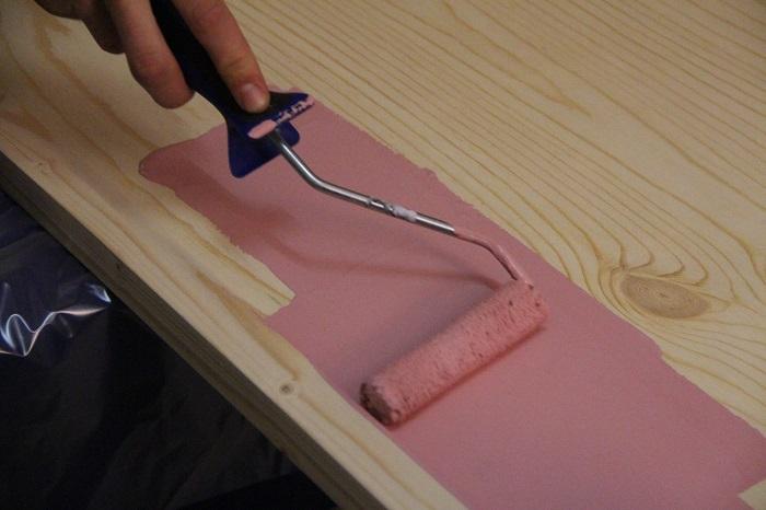 Покраска мебельного щита эмалью