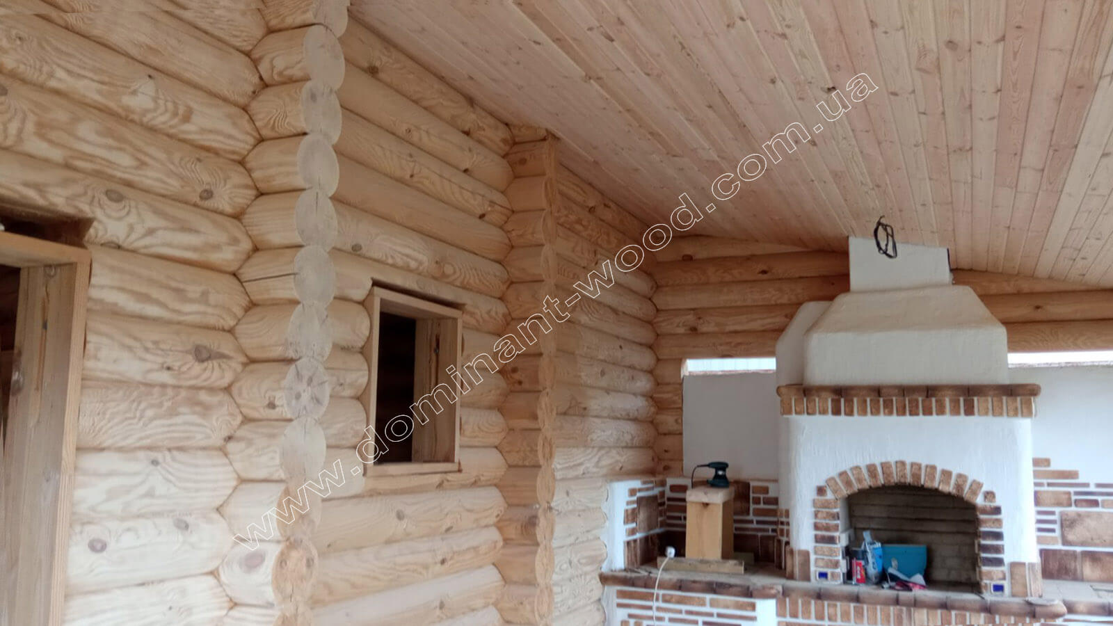 Производство сруба бани с террасой под заказ