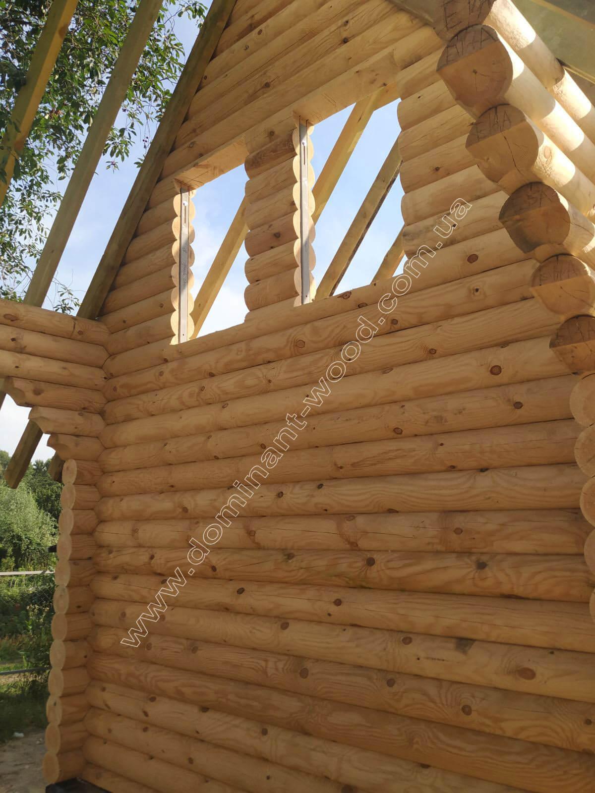 Роботи по встановленню дерев'яного зрубу «Бальдар»