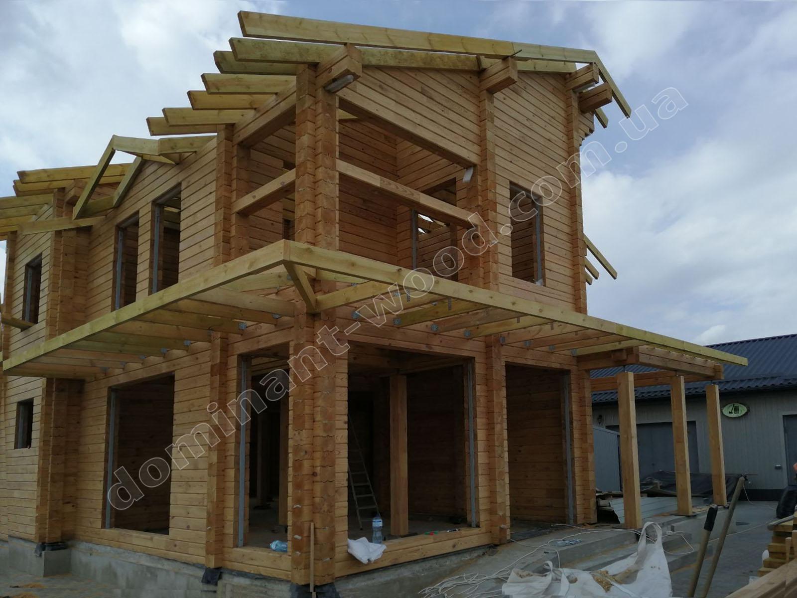 дерев'яний будинок