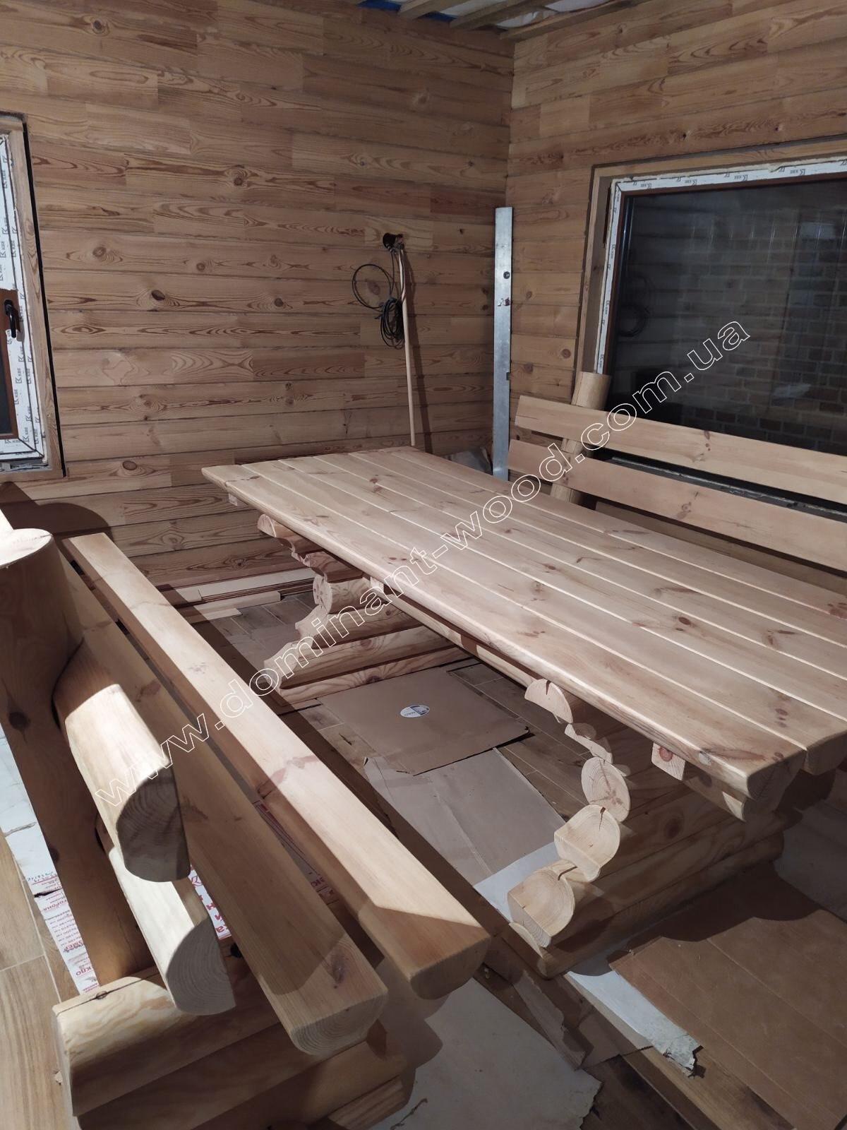 Комната отдыха в бане из дерева