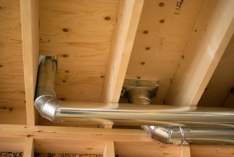 Как сделать вентиляцию под вытяжку в частном доме
