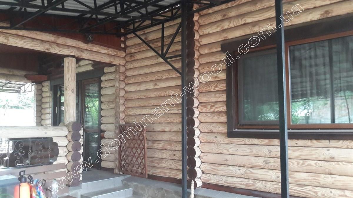 фарбування дерев'яного будинку