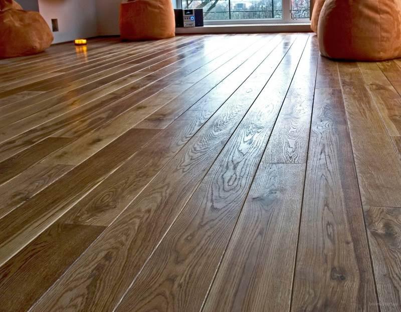 Рівномірність підлог в дерев'яному будинку