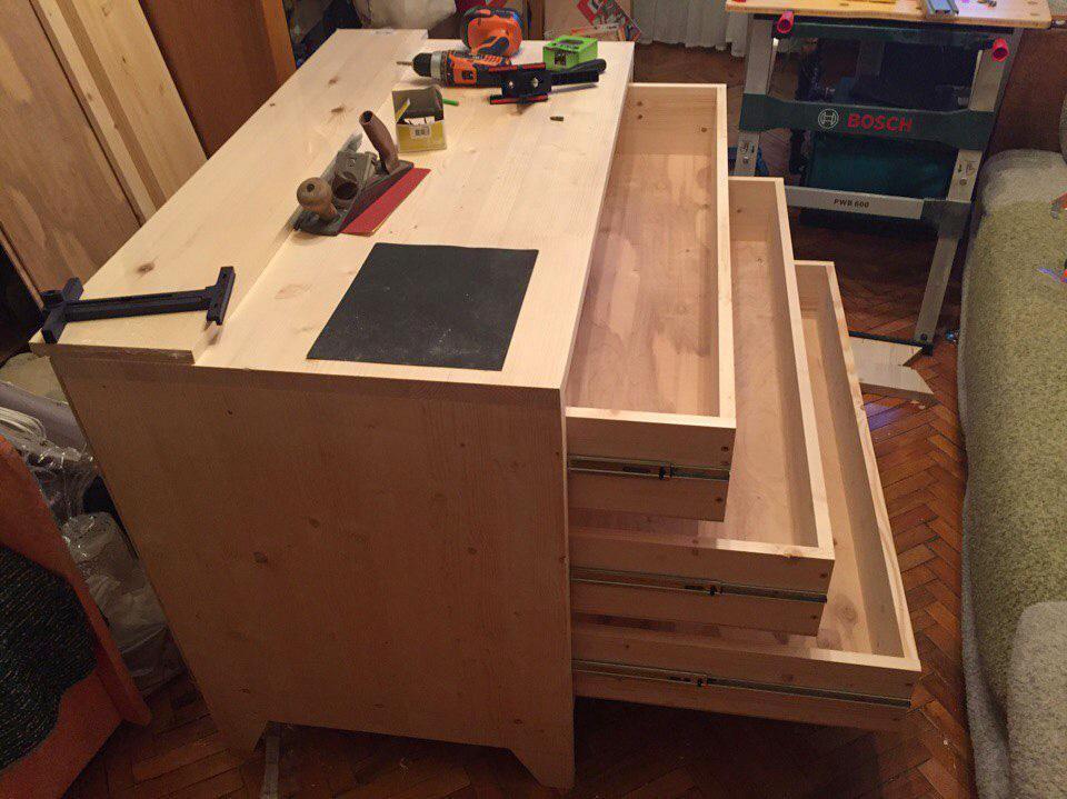 виробництва дерев'яних меблів