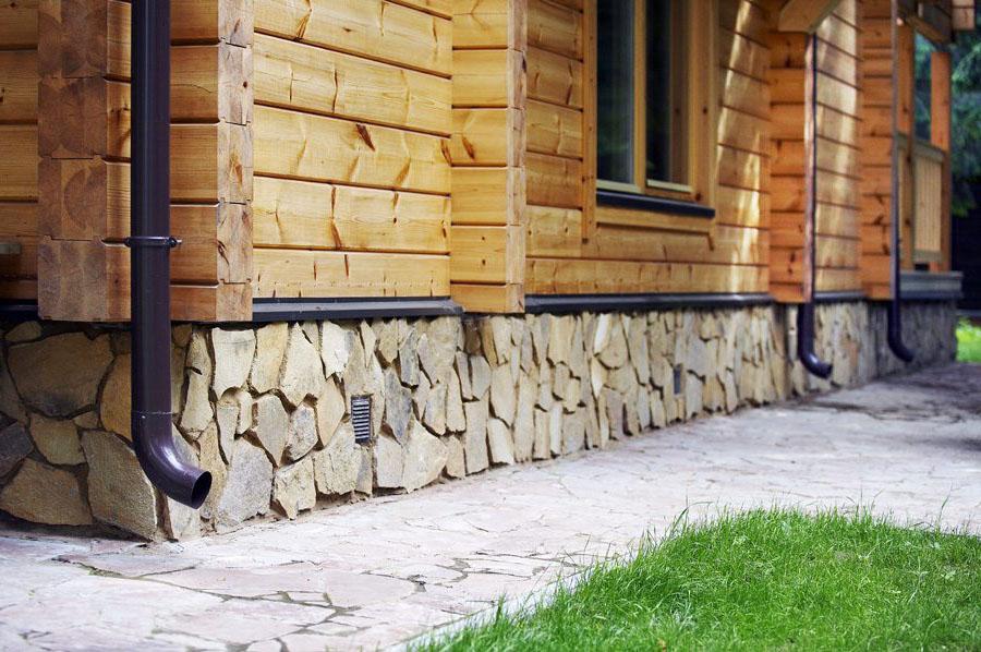 відлив для цоколя в дерев'яний будинок